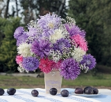 calendar bouquets luna octombrie