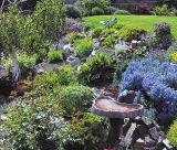 calendar de perete gardens 2016 luna Aprilie